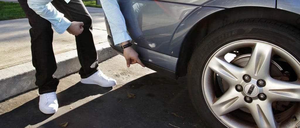 cachette endroit cacher traceur gps voiture auto