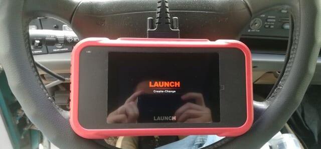 avis test essai lecteur code obd launch crp123e