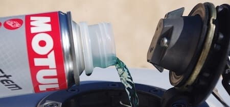 meilleur additif moto carburateur hivernage nettoyant