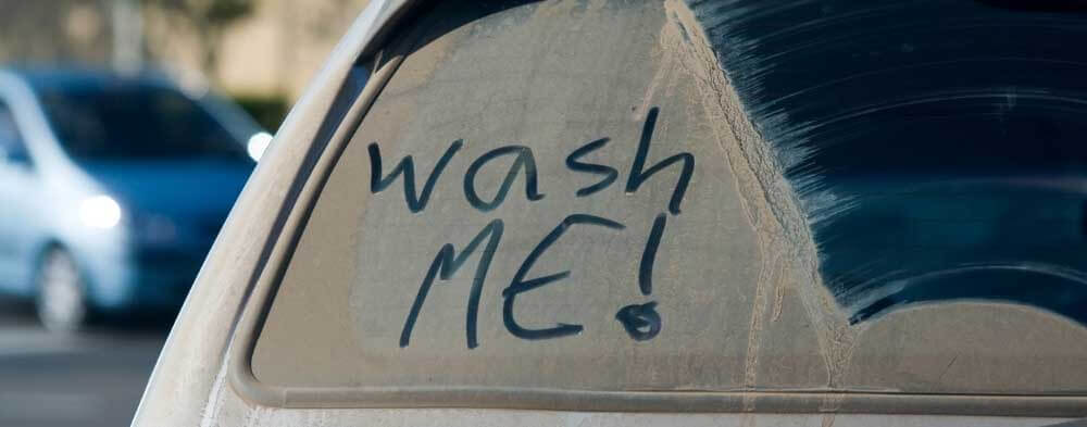 comment nettoyer entretenir vitres pare brise