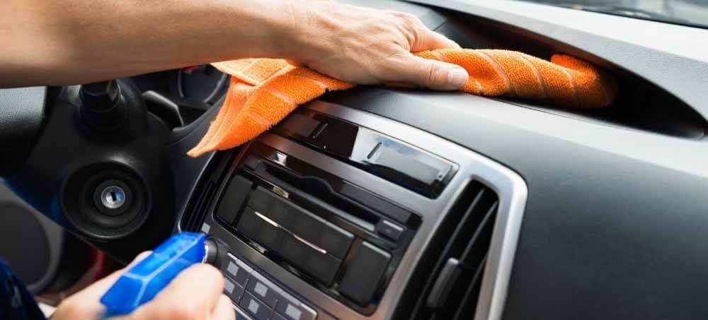 meilleur nettoyant multi surfaces usages voiture